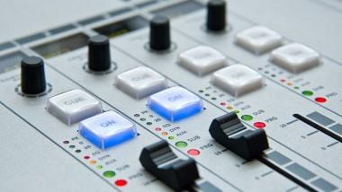 Lyon, ville-test pour la radio numérique