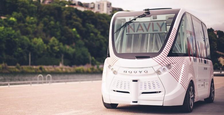Lyon : Un minibus sans chauffeur à Confluence